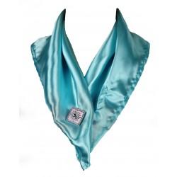 Ozdobný šátek s broží